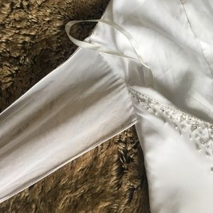 Dresses - Summer White wedding dress size 4
